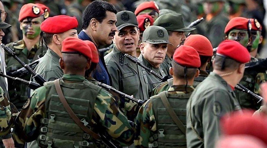 وصول 167 عسكريا منشقا من الجيش الفنزويلي إلى كولومبيا