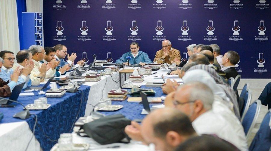 """""""البيجيدي"""" يعاقب منتخبيه بسبب العسالي ويقرر حلّ هياكل الحزب بإقليم وجدة"""