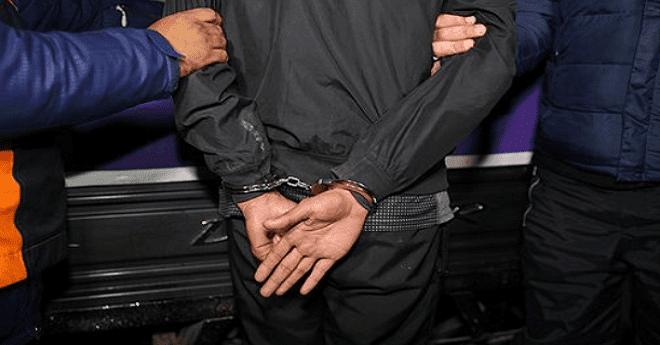 """شرطة الدار البيضاء توقف """"قاصر"""" يشتبه باعتدائه على أستاذة بالسلاح الأبيض"""