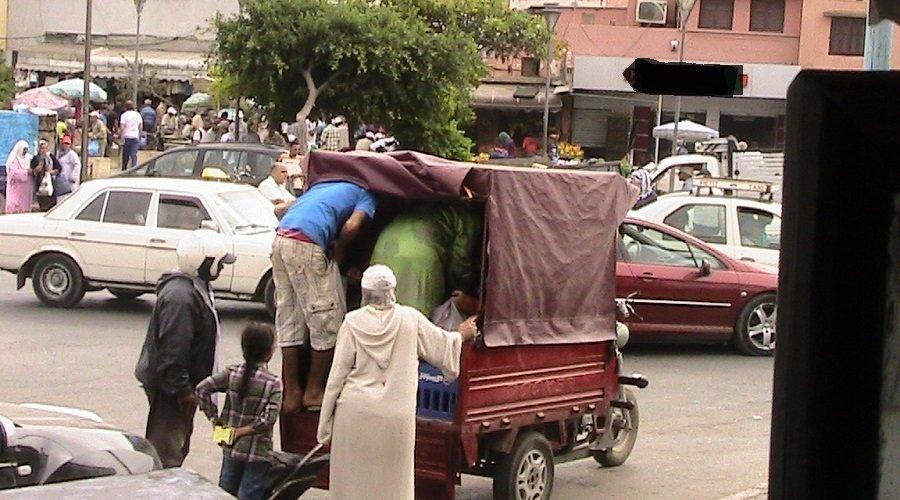 قرار رسمي يمنع نقل الأشخاص في التريبورتورات