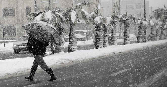 تساقطات مطرية وثلجية بمناطق المملكة ابتداء من الغد
