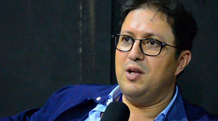 شباب المحمدية يكشف حقيقة إصابة رئيسه آيت منا بكورونا
