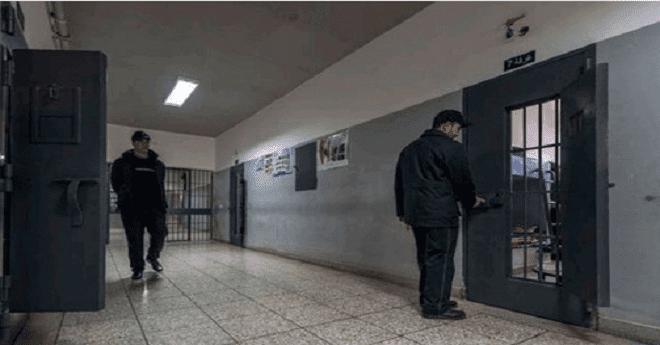 """هذا عدد السجناء الذين استفادوا من حملة الكشف عن """"السيدا"""""""