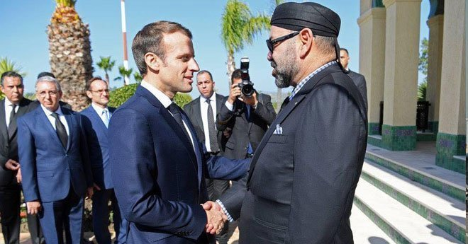 """صور.. الملك محمد السادس يعطي انطلاقة """"البراق"""" رفقة ماكرون"""