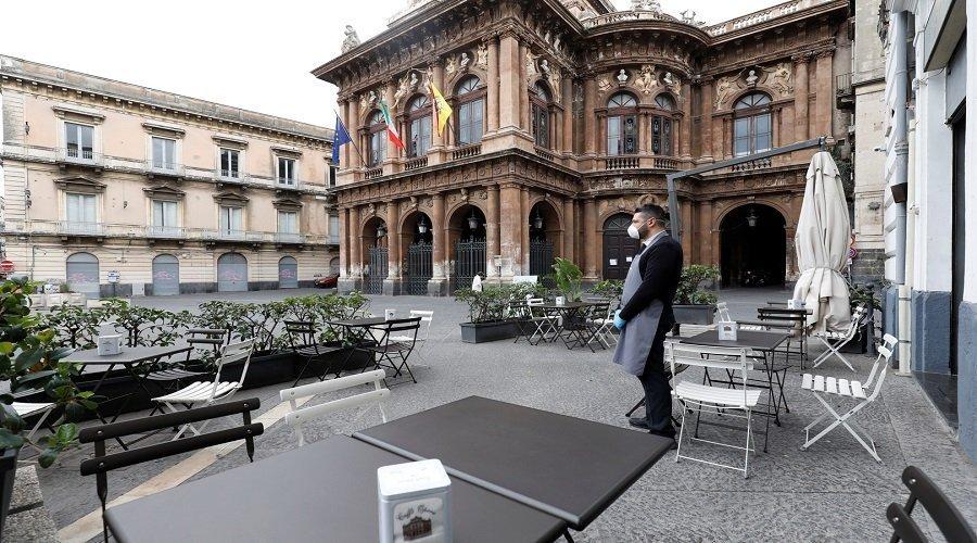 البرلمان الأوروبي يحذر من انهيار قطاع السياحة بسبب كورونا