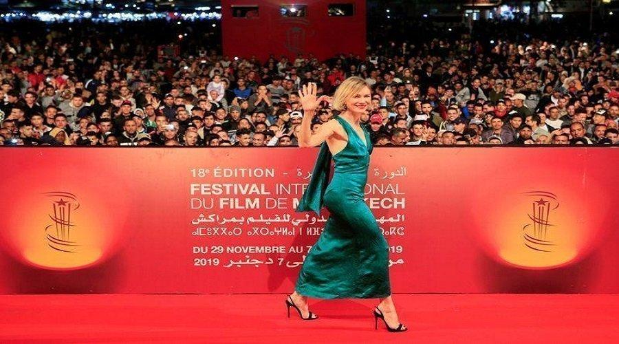 """مهرجان الفيلم بمراكش يفتتح أشغاله بشريط """"أخرجوا السكاكين"""""""