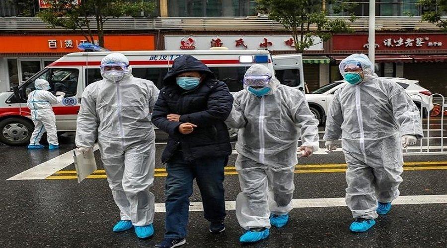الصين تفتّش المنازل وتنقل مصابي كورونا بالقوة إلى الحجر الصحي