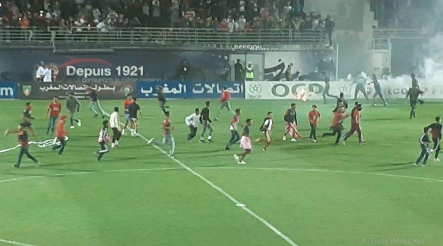 أمن آسفي يوقف 9 متهمين على خلفية اقتحام الملعب خلال مباراة الكوكب