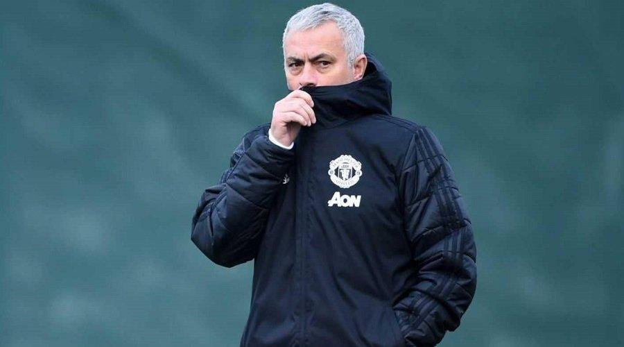 مانشستر يونايتد يعلن رسميا إقالة مدربه جوزيه مورينيو