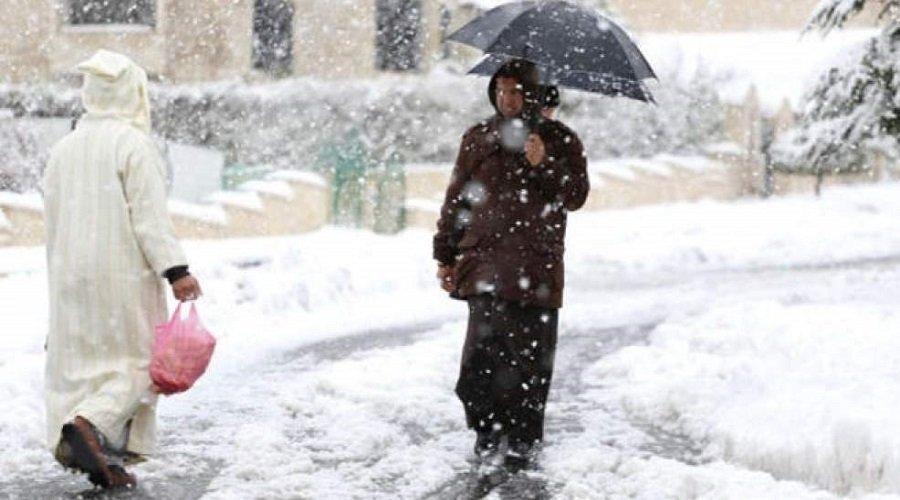 تساقطات ثلجية وطقس بارد وزخات رعدية بعدد من مناطق المملكة