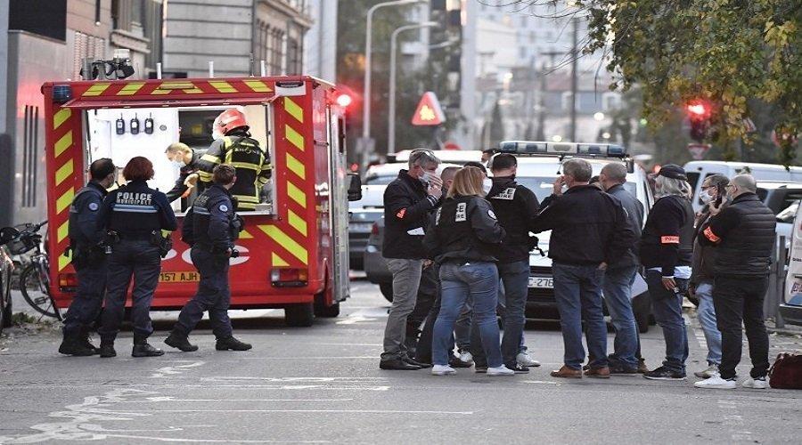 إطلاق النار على قس بمدينة ليون الفرنسية وفرار المهاجم