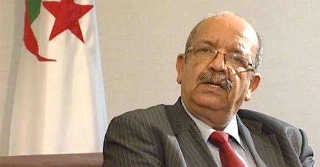 الخطوط الملكية المغربية تجر عبد القادر مساهل إلى القضاء