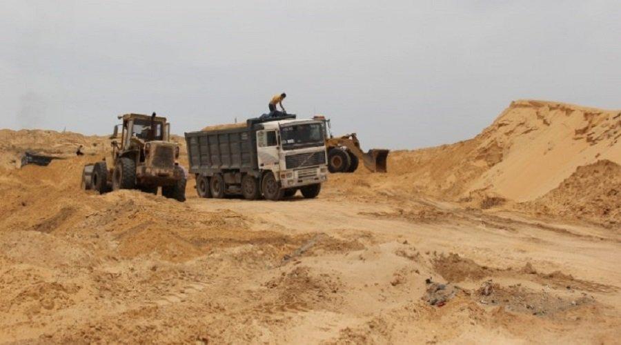 مافيا الرمال تكبد الدولة خسائر بالمليارات