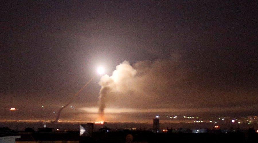 مصدر عسكري سوري: طائرات اسرائيلية تقصف بعدة صواريخ محيط دمشق