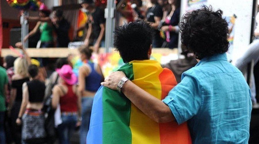 مجهولون يرجمون مثليين في مراكش