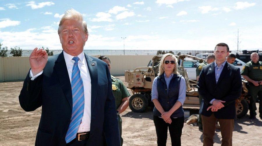 ترامب يقيل الجهاز المكلّف بحماية الرئيس وكبار المسؤولين