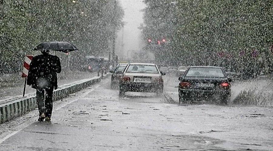 تحذير.. رياح وأمطار قوية بهذه المناطق من المملكة