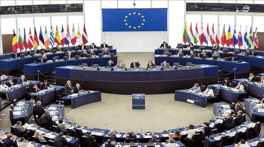 المفوضية الأوروبية ترد على مناورات اليمين المتطرف لوقف تمويل المشاريع الإصلاحية بالمغرب