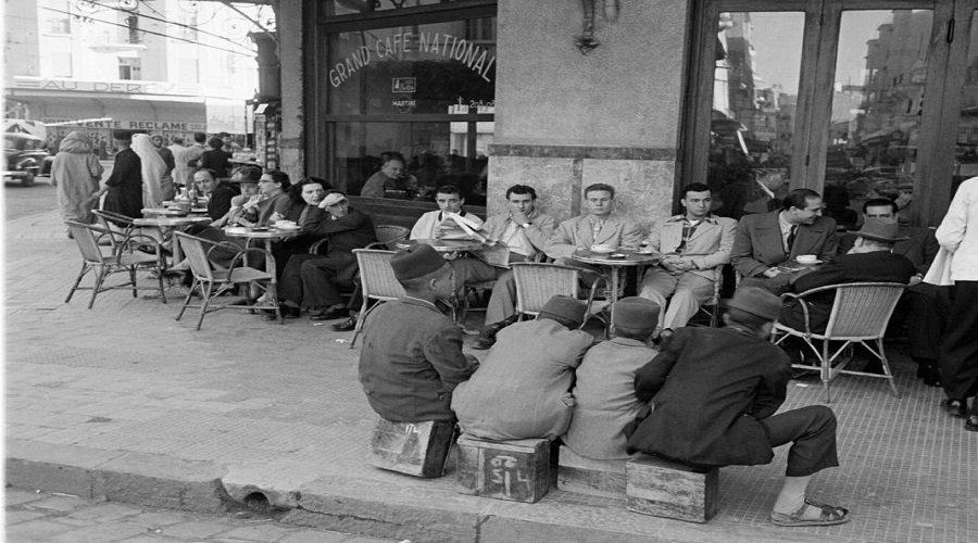 هكذا كانت المقاهي بالمغرب قبل 120 سنة