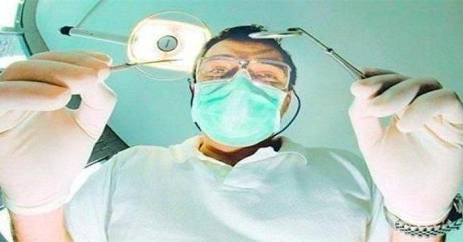 """اعتقال طبيب أسنان """"مزور"""" من داخل عيادته بمراكش"""