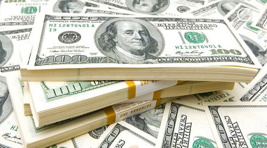 رجل يربح 13 مليار دولار كل 15 دقيقة