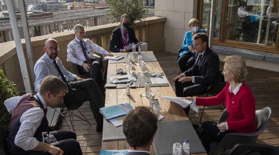 خلافات تتسبب في تمديد القمة الأوروبية لإنعاش الاقتصاد المتضرر بسبب كورونا