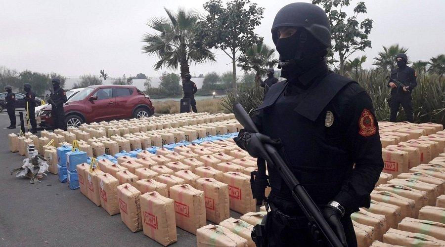 رجال الحموشي يحبطون تهريب طنين ونصف من مخدر الشيرا بشاطئ اشليحات ضواحي القنيطرة