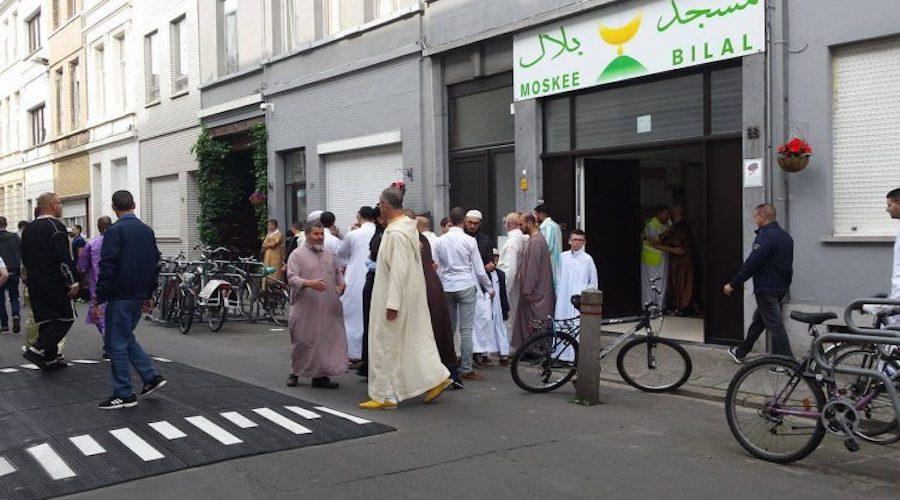 بلجيكا: تعليق صلاة عيد الأضحى بأنفرس
