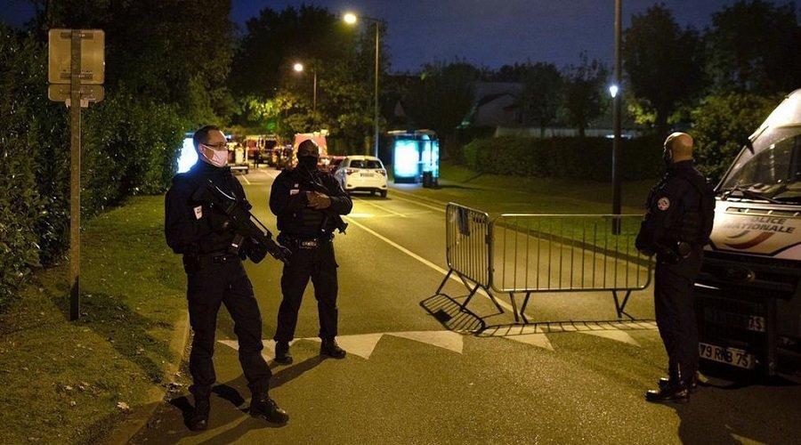 ارتفاع عدد الموقوفين في قضية قطع رأس أستاذ بفرنسا إلى 11 شخصا