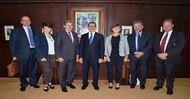 رئيس الحكومة يستقبل المفوض الأوروبي المكلف بسياسة الجوار ومفاوضات التوسع