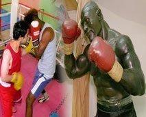 مقاتلون: العلاج عبر الملاكمة