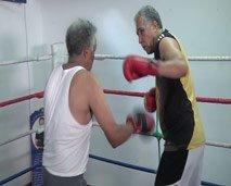 مقاتلون : القتال في سن الستين