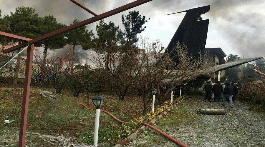 8a0f68013930f مقتل 15 شخصا في تحطم طائرة إيرانية فوق مجمع سكني - تيلي ماروك