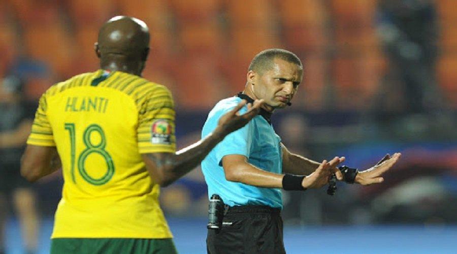 الكاف يختار الحكم المغربي جيد لقيادة مباراة الزمالك والترجي