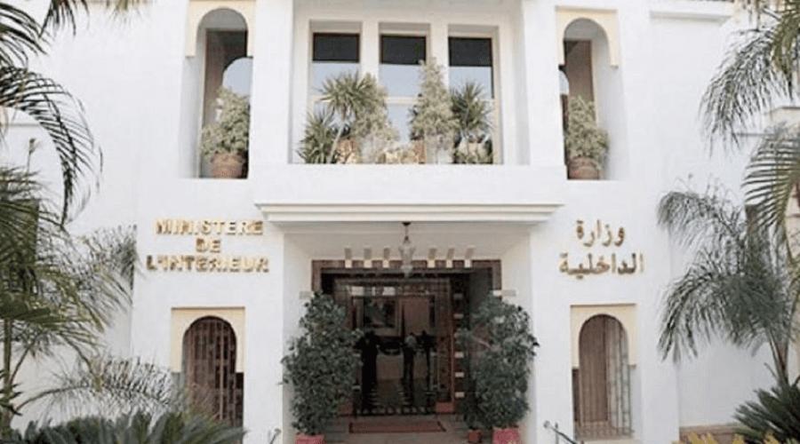 عامل فجيج يعقد اجتماعا مع الفلاحين الذين منعتهم السلطات الجزائرية
