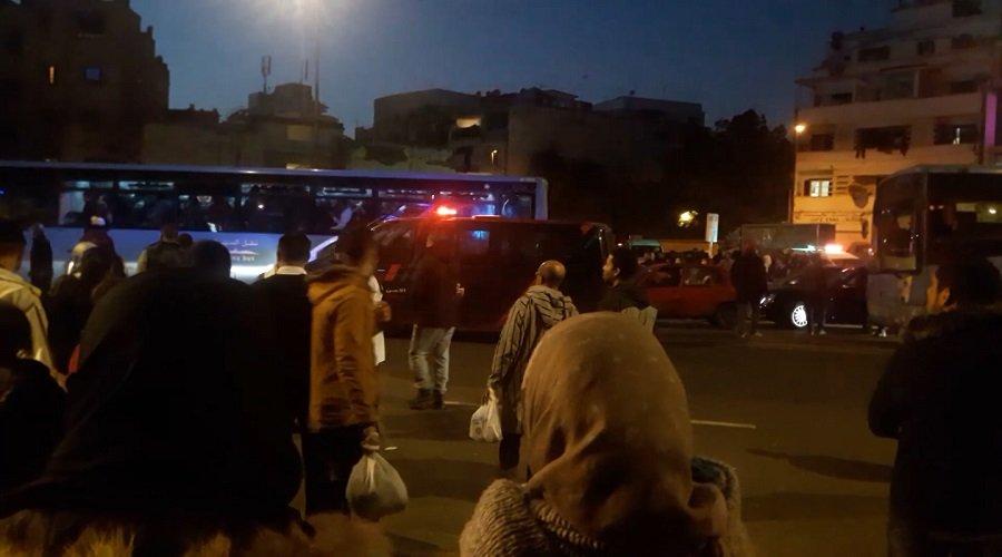 """بالصور.. """"مدينة بيس"""" تتحدى مجلس البيضاء ومحطات الحافلات تتحول لساحات معارك"""