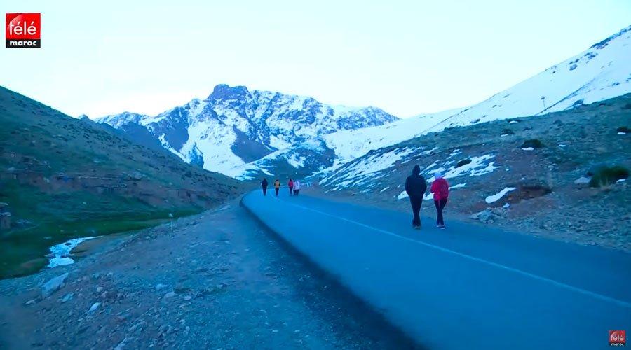 كواليس رحلة شباب مغاربة إلى إمليل وجبل أوكايمدن