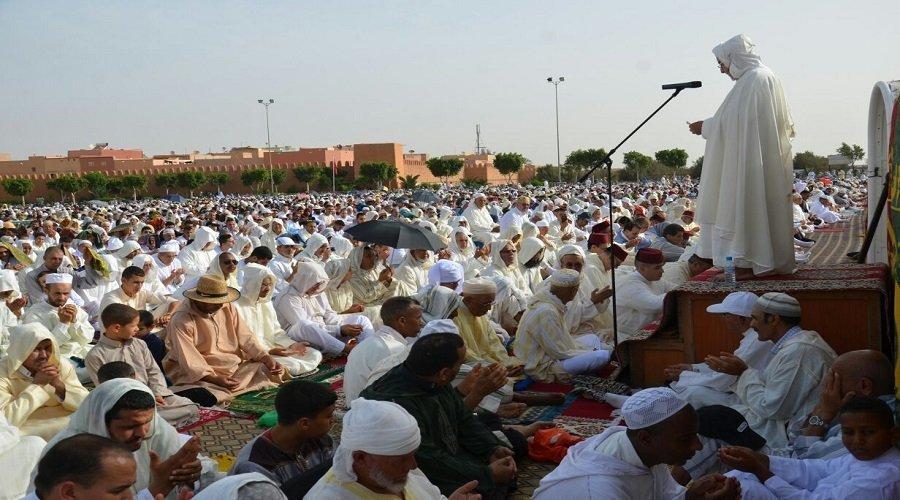 وزارة الأوقاف تمنع إقامة صلاة العيد بالمصليات والمساجد
