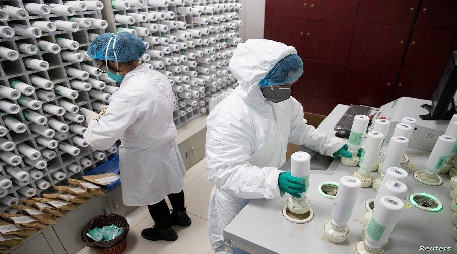 تلفزيون صيني يتهم أمريكا بامتلاك مختبرات بيولوجية غامضة