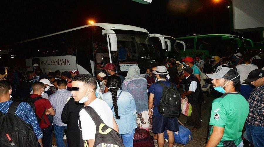 فوضى واحتيال بمحطات البيضاء ليلة البحث عن السفر بأي وسيلة
