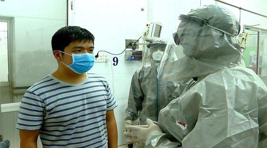 علماء يكشفون كيف تسرب فيروس كورونا من مختبر بيولوجي صيني