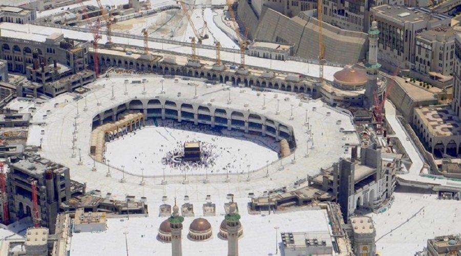 السلطات السعودية تقرر إخلاء البيت الحرام والمسجد النبوي بسبب كورونا