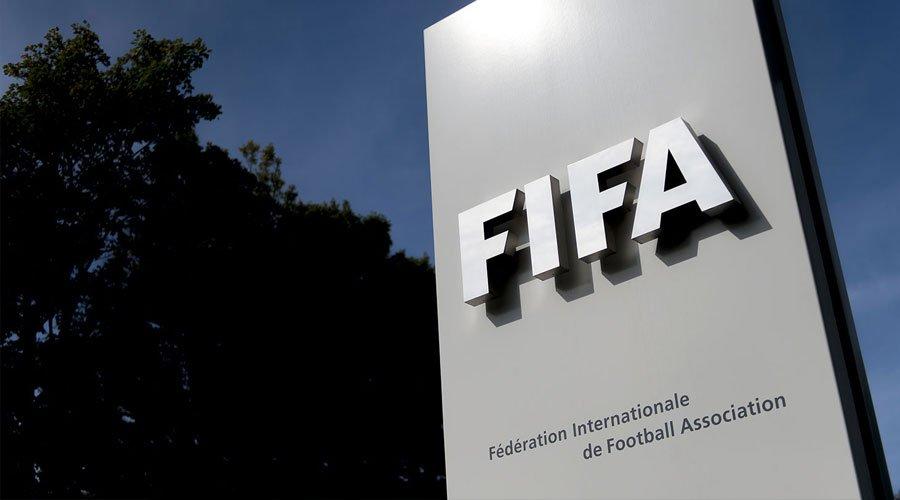 """""""الفيفا"""" يقترح دولتين لمشاركة قطر في استضافة كأس العالم"""