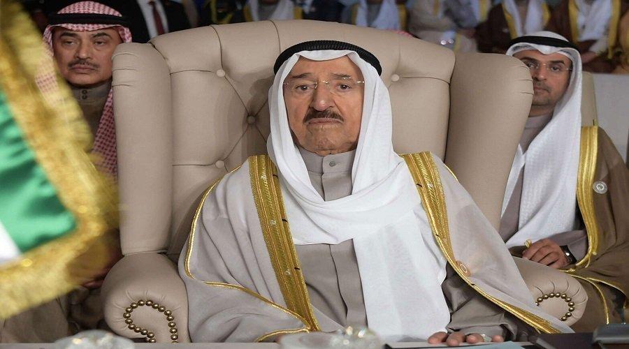 أمير الكويت يخضع لعملية جراحية
