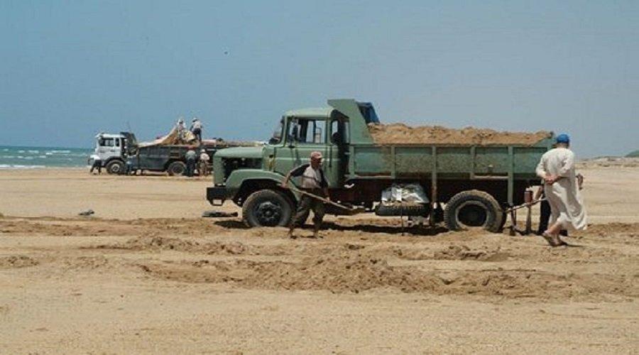 """هكذا تهدد """"مافيا العقار"""" شواطئ المغرب بالتآكل والأمم المتحدة تحذر"""