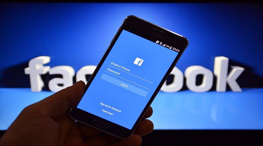 """عطل مفاجئ يضرب موقعي """"فيسبوك"""" و""""إنستغرام"""" عبر العالم"""
