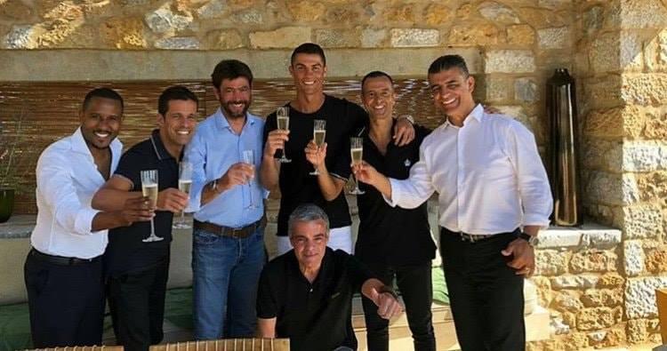 تفاصيل تُكشف لأول مرة عن صفقة انتقال رونالدو ليوفنتوس