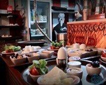 من كل الآفاق : أهم شوارع الفطور في إسطنبول