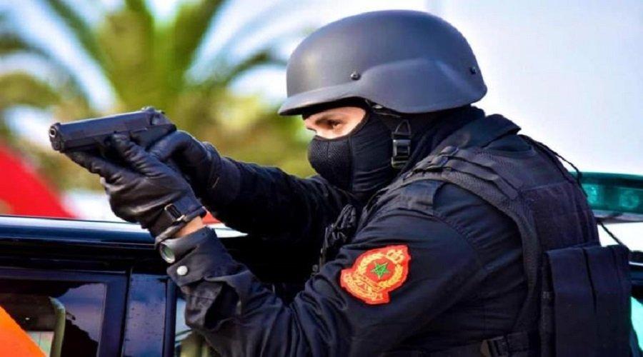 الدار البيضاء .. موظفا شرطة يضطران لإشهار سلاحيهما الوظيفيين دون استعمالهما لتوقيف ثلاثة أشخاص
