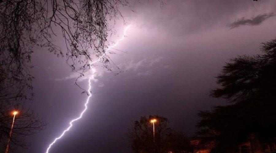 نشرة خاصة: رياح قوية وأمطار رعدية مرتقبة من الأربعاء إلى الجمعة بعدد من مناطق المملكة
